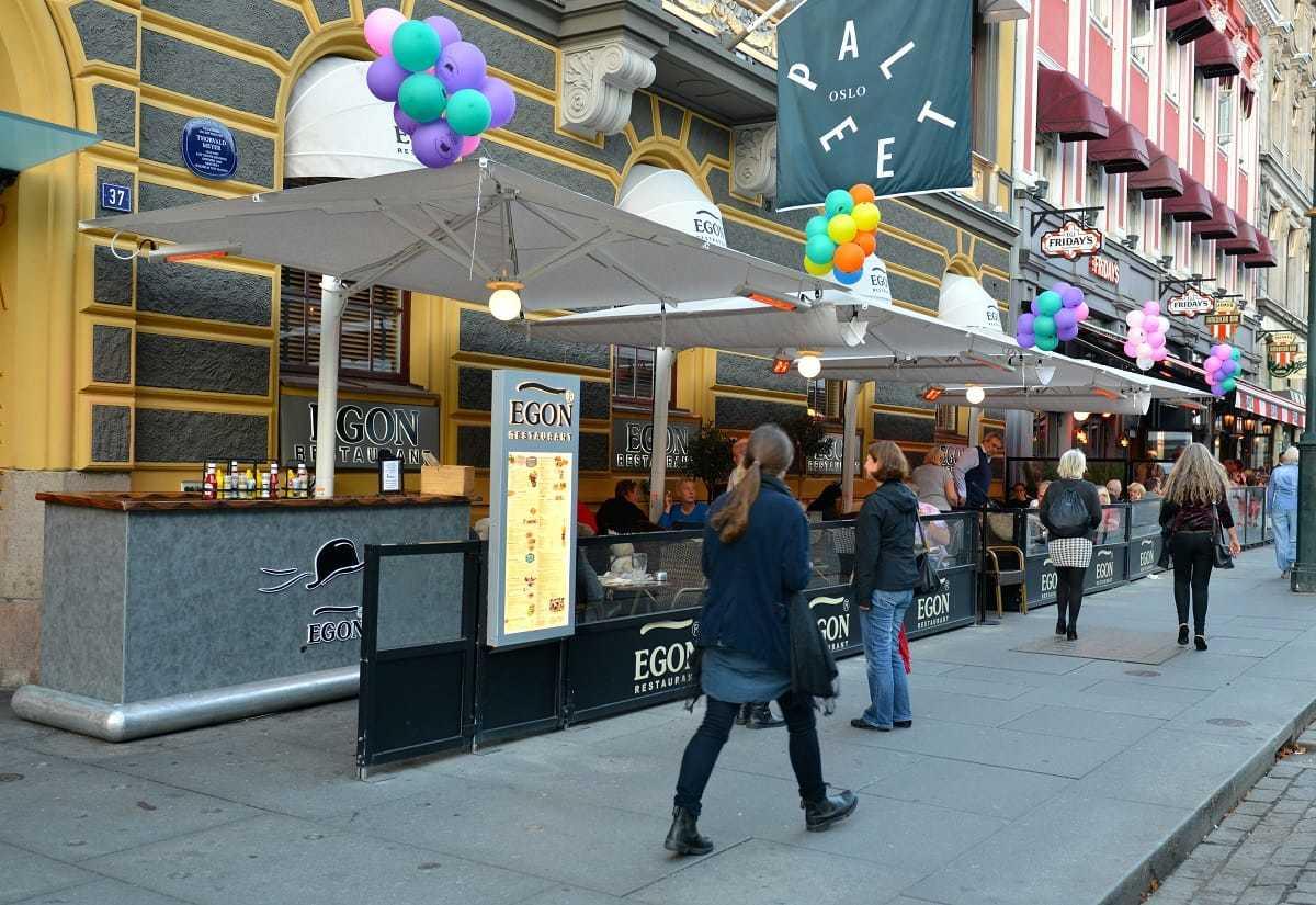 Parasoller, Egon Karl Johans gate