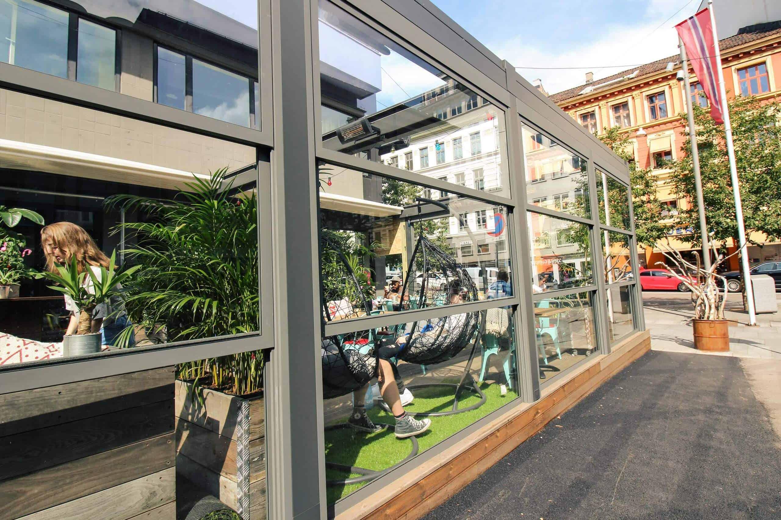 Glass Restaurant Uteservering