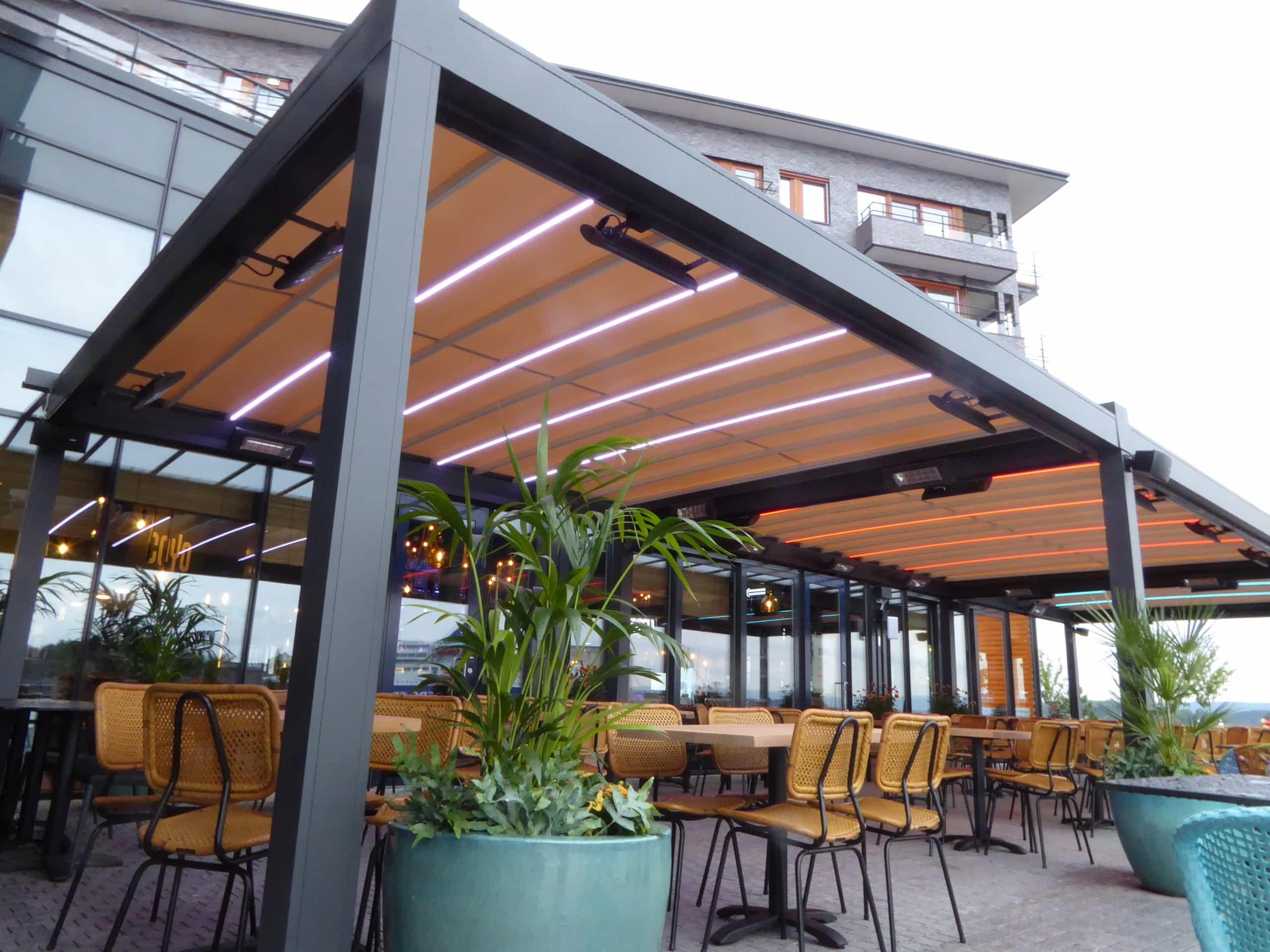 Pergola På Restaurant Solskjerming