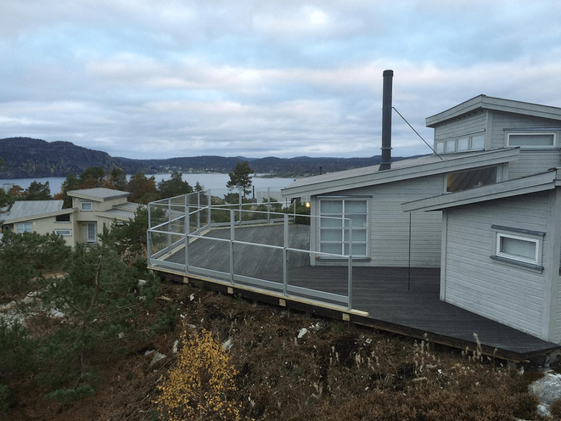 Hev og senk glassrekkverk, Kragerø